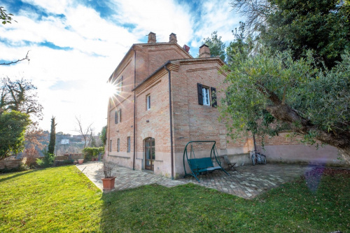 Villa à Sant'Angelo in Pontano