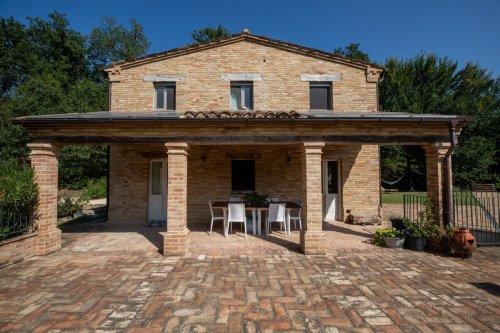 Villa à Mogliano