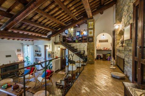 Villa in Falerone