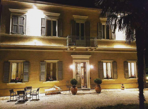 Casa a Camerata Picena
