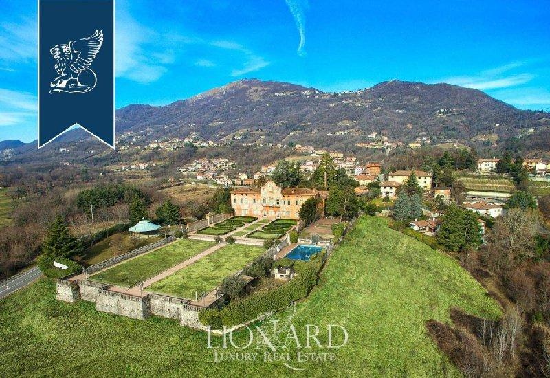 Villa in Almenno San Bartolomeo