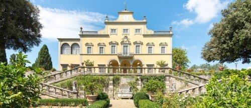 Villa in Scandicci