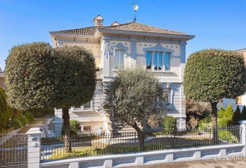 Villa en Broni