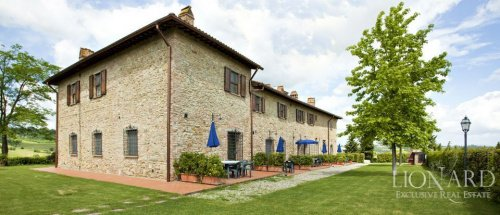 Commercial property in San Gimignano