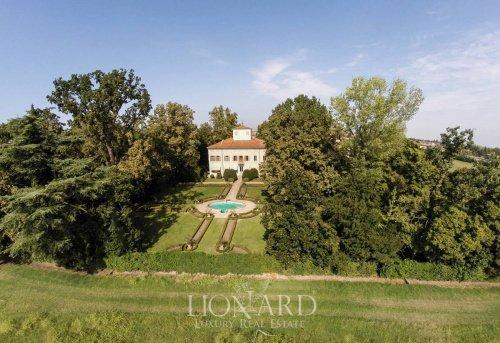 Villa in Formigine