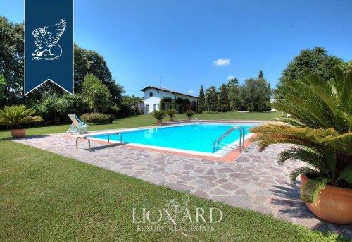 Villa i Volta Mantovana