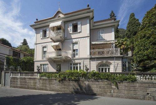 Villa à Carate Urio