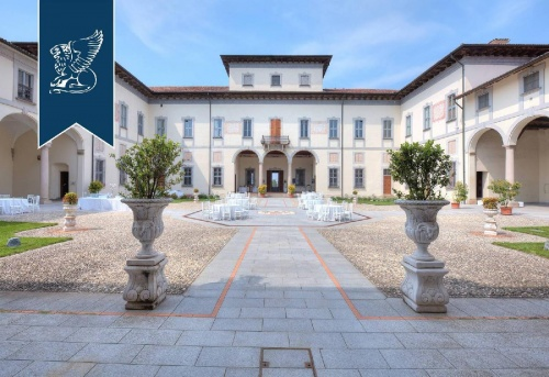 Edificio en Turano Lodigiano