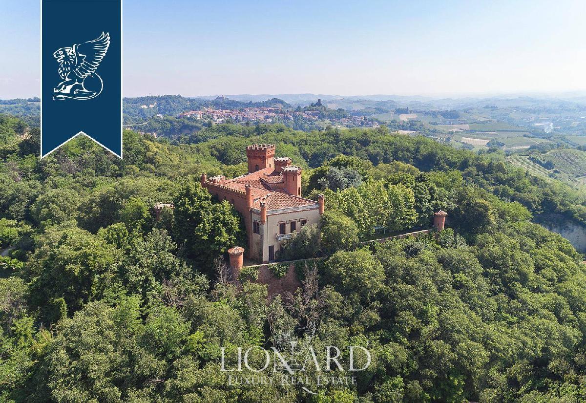 Castle in Montaldo Roero