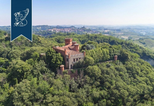 Schloss in Baldissero d'Alba