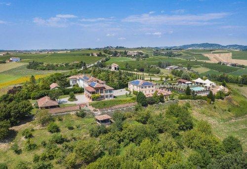 Inmueble comercial en Vignale Monferrato