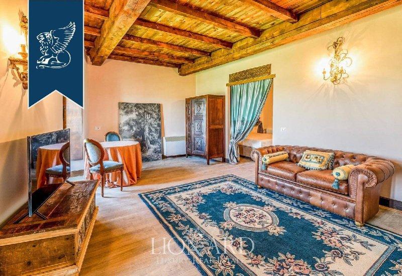 Schloss in Montiglio Monferrato