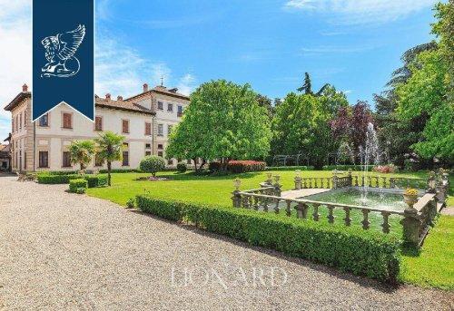 Villa en Vittuone