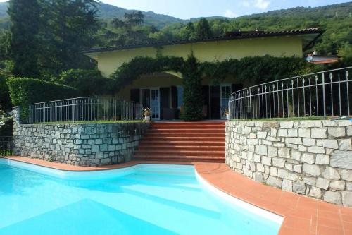 Villa en Gera Lario
