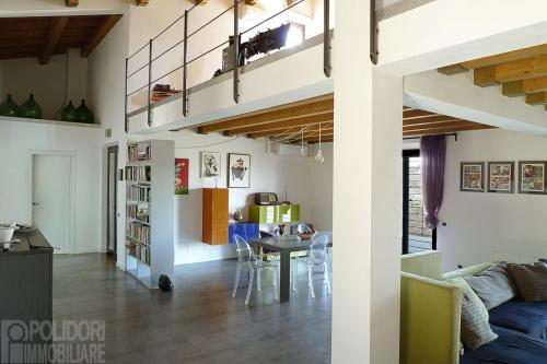 Особняк из двух квартир в Поджо-Миртето