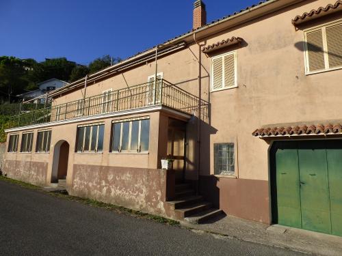 Vrijstaande woning in Montasola