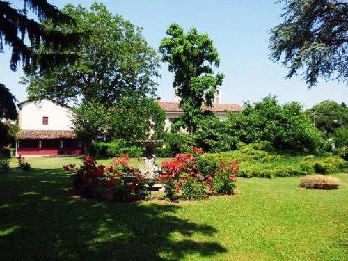 克拉韦萨纳农舍