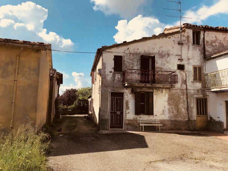 Отдельно стоящий дом в Сорано