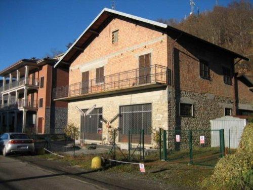 Casa en Farini