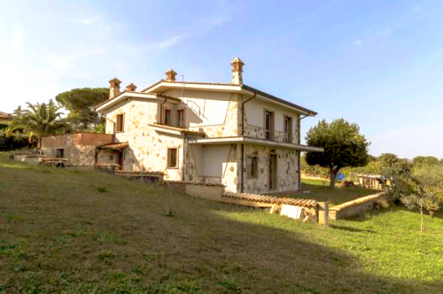 Detached house in Rome
