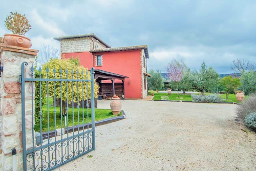 Detached house in San Venanzo