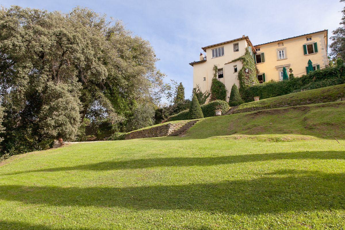 Villa en Camaiore
