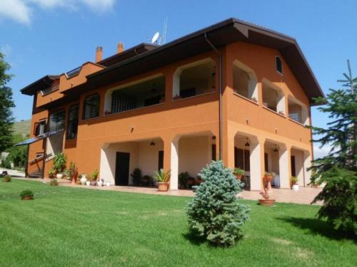 Villa a Sant'Eusanio Forconese