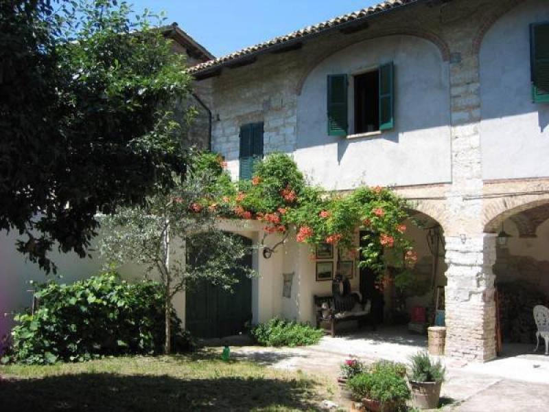 Casa histórica en Moncalvo
