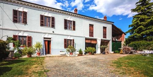 Country house in Alfiano Natta