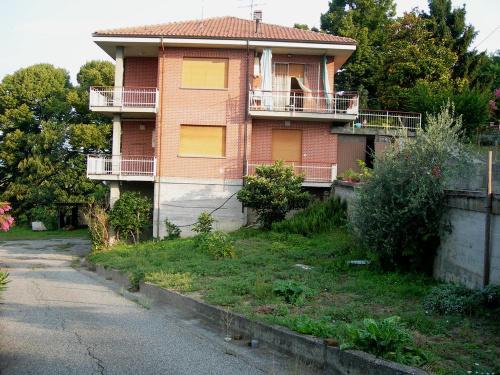 Villa en Montiglio Monferrato