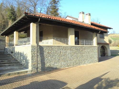 Villa i Ottiglio