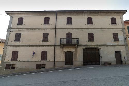 Historic house in Grana
