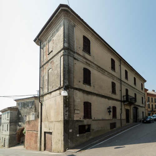 Historisches Haus in Grana