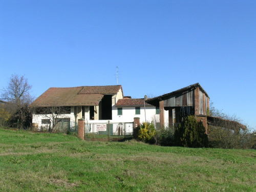 Country house in Conzano