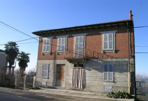 Detached house in Alfiano Natta