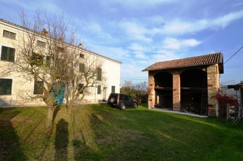Casa de campo en Cerrina Monferrato