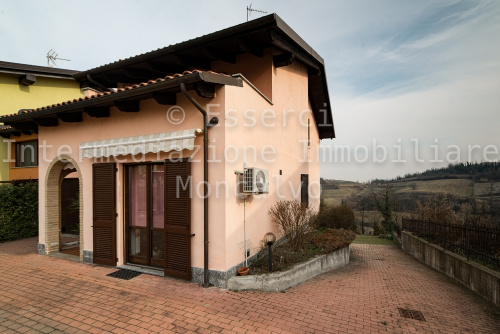 Villa in Mombello Monferrato