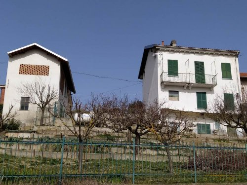 Landhaus in Mombello Monferrato