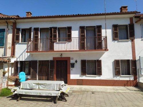 Landhaus in Asti