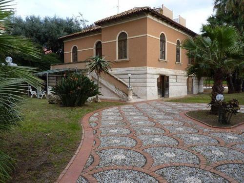 罗索利尼历史性住宅