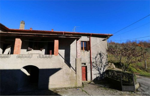 Farmhouse in Pontremoli