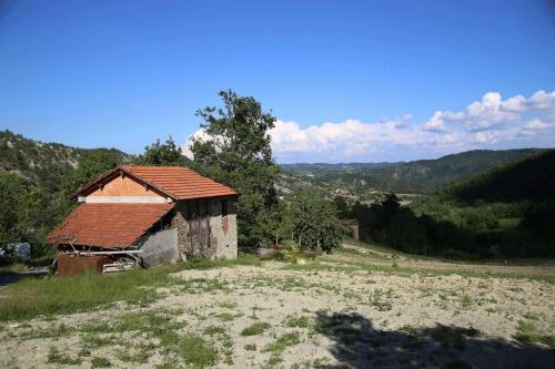 Casolare a Spigno Monferrato
