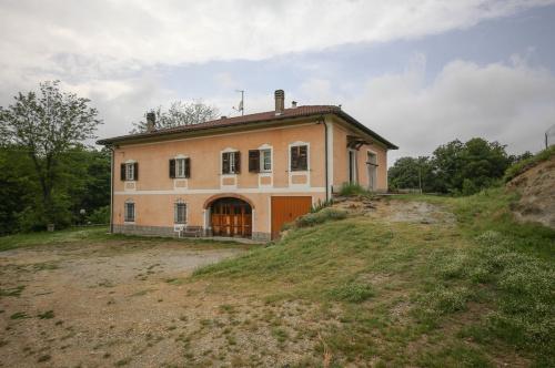 Bauernhaus in Mioglia