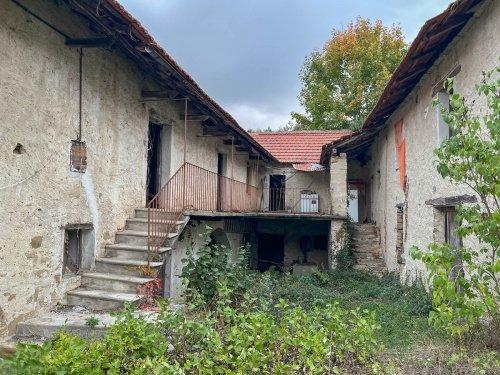 科尔泰米利亚农舍
