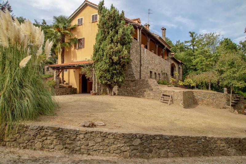 Villa in Plodio