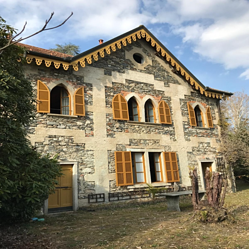 Casa en Orta San Giulio