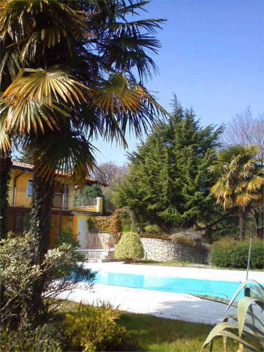 Villa in Manerba del Garda