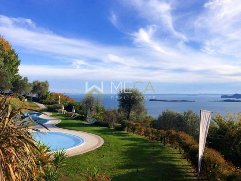 Apartment in Gardone Riviera