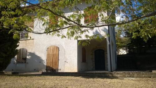 Casa en Serrapetrona