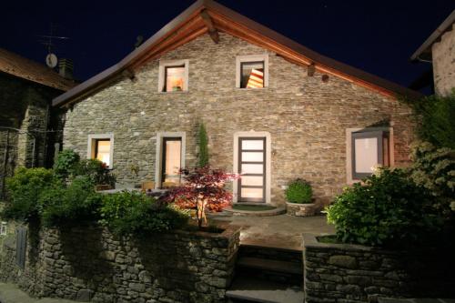 Detached house in Sueglio